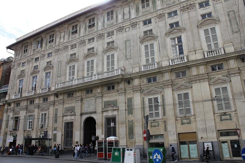 piazza della nunziata, palazzo belimbau
