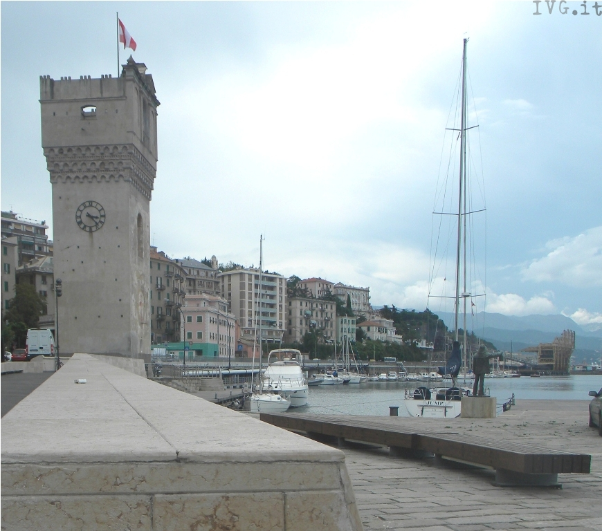 Savona, piazza Lagorio, torretta, darsena