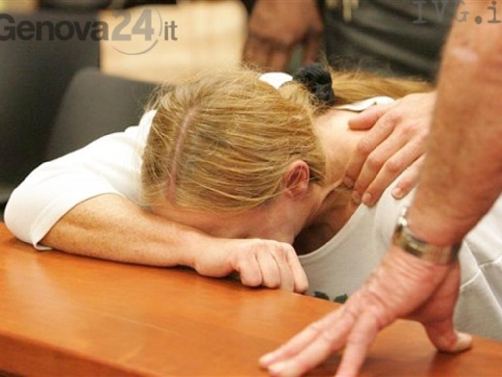 Violenza Donna stalking
