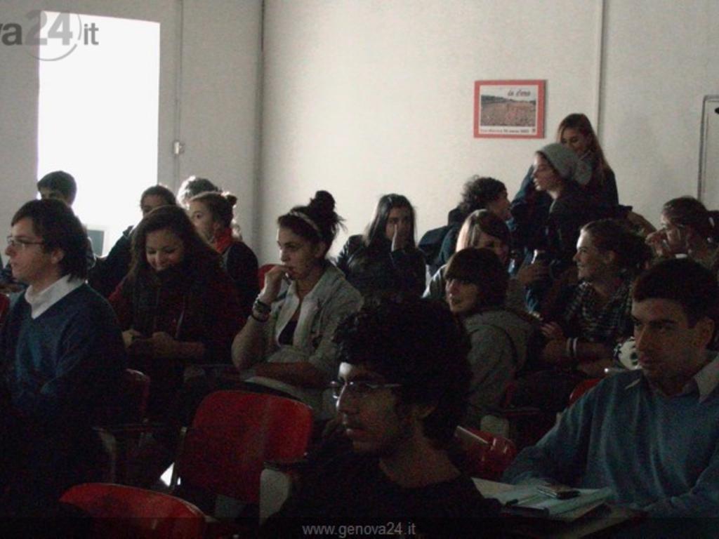 Genova - assemblea studenti palazzo Tursi (11 nov)