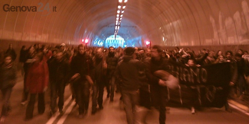 Genova - protesta studenti 29 11