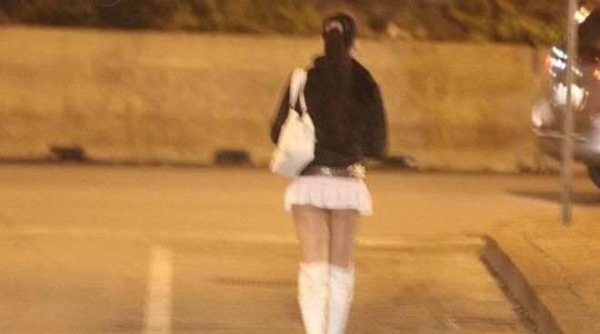 Il rapporto finisce prima del tempo prostituta rapinata - Atterrare prima del tempo caratteri ...