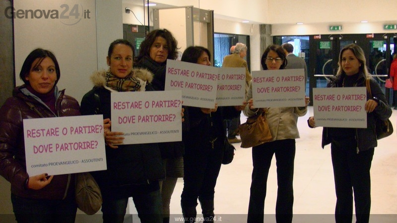 Protesta mamme evangelico in Regione