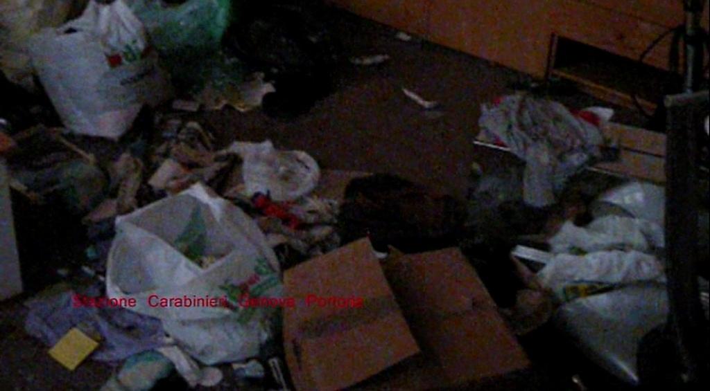 Genova segregata e costretta a prostituirsi nella casa - Prostituirsi in casa e reato ...