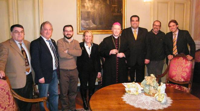 Albenga auguri giunta vescovo