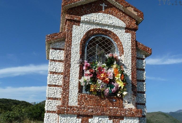 Borghetto - cappella votiva Madonna Monte Piccaro