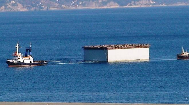 cassone piattaforma maersk