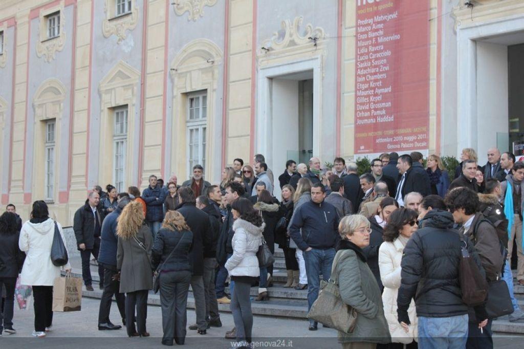 Invasione media a Genova
