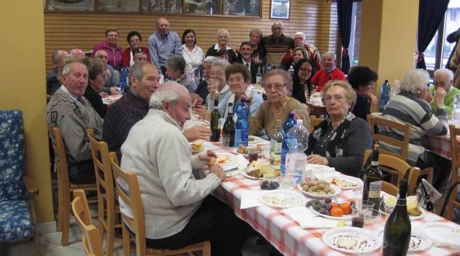pranzo sociale anziani
