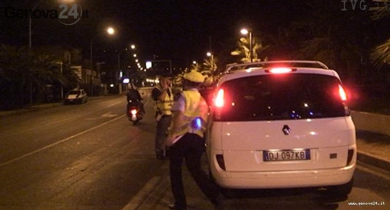 taxi polizia notte
