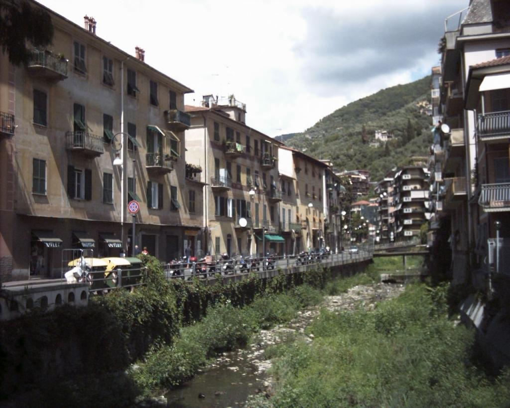 via Betti Rapallo