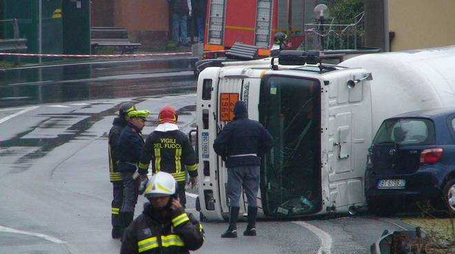 autobotte-incidente-007