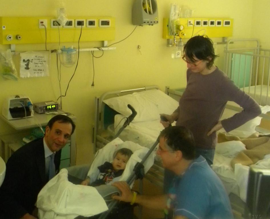 Berruti visita pediatria