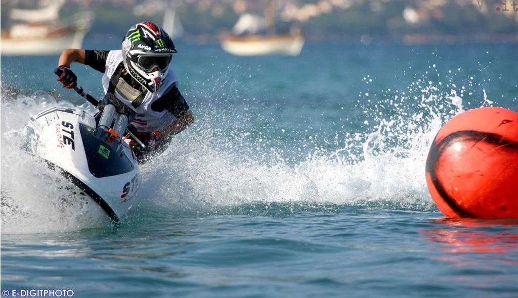 Paola Boggi, campionessa moto d'acqua