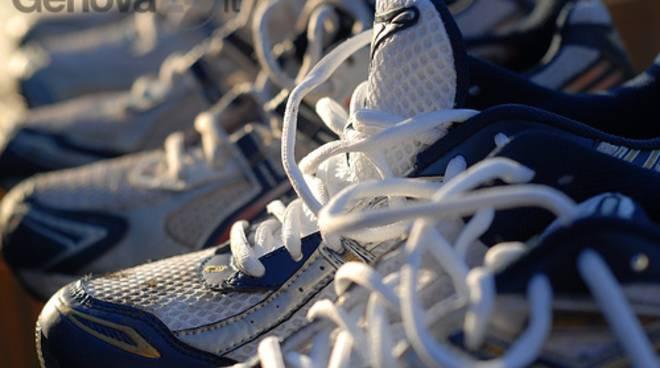 best cheap c30a3 0a760 Nuova vita per sneakers e infradito, parte la campagna di ...