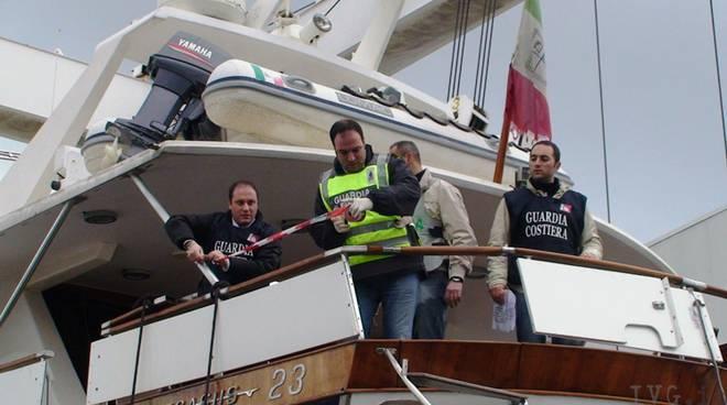 sequestro yacht