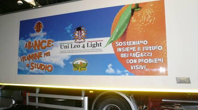 leo club camion arance