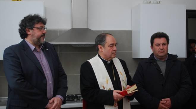 Angelo Vaccarezza e vescovo Lupi