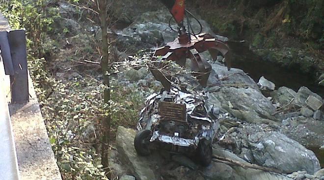 rimozione auto greto fiume