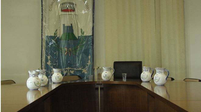 Tovo: acqua di sorgente in consiglio comunale