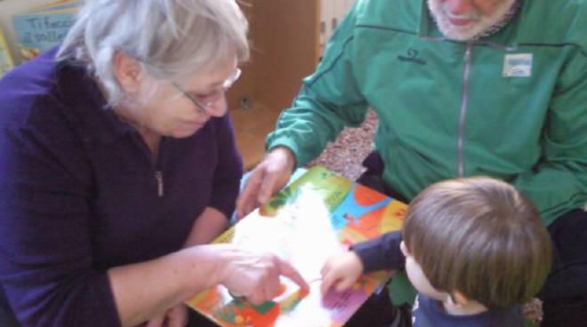 asilo, bambini, nonni