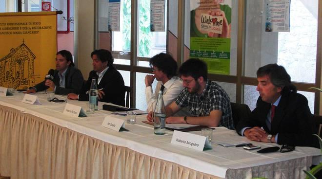 Candidati Alassio all'Alberghiero dibattito