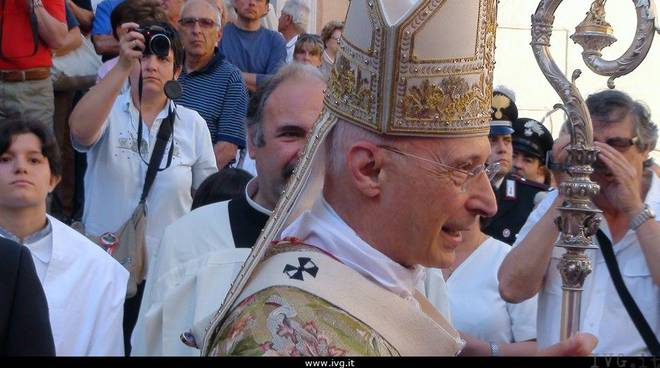 Albisola visita cardinal Bagnasco