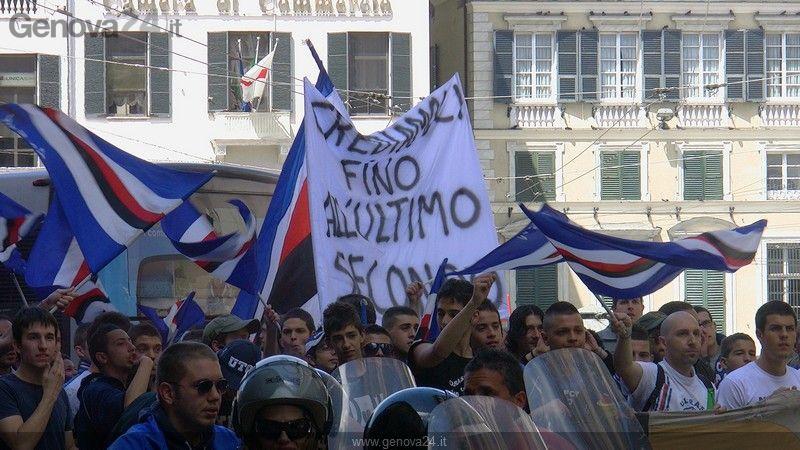 Scooterata tifosi sampdoria per la Serie A