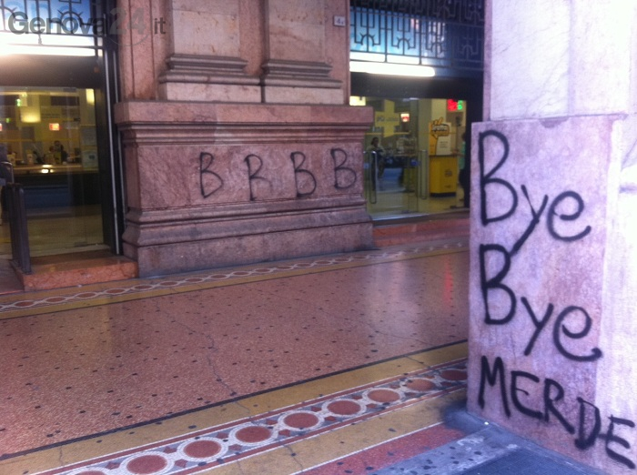 scritte muri genoa contro samp serie B
