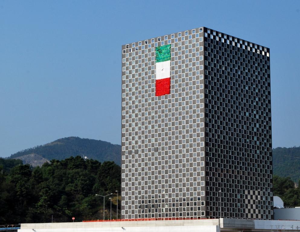 Bandiera tricolore a Vado