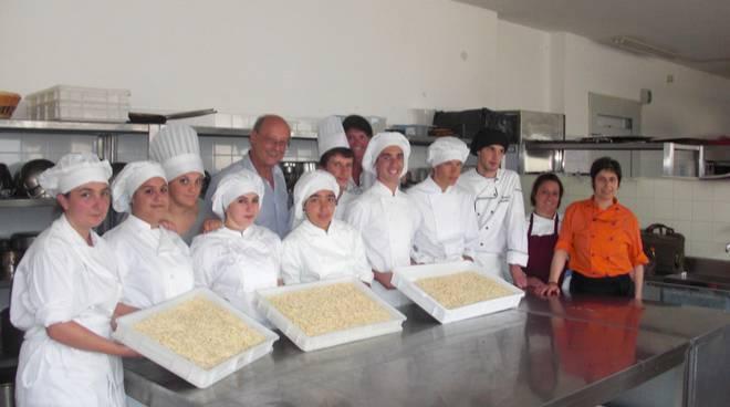 brigata_di_cucina_alunni_Alberghiero_Alassio
