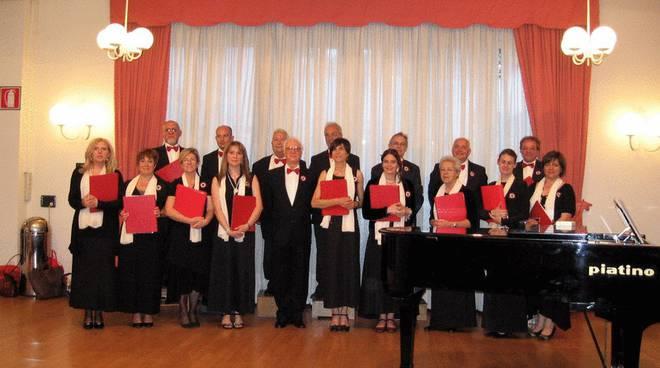 coro, corale Cantarcipiace