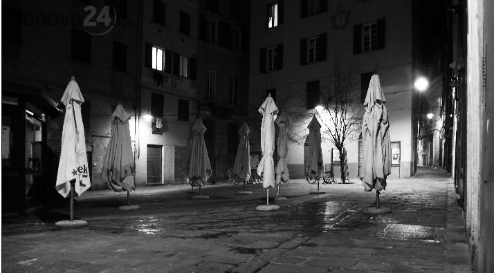 genova di notte