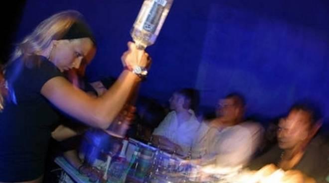 movida, discoteca, alcol e giovani