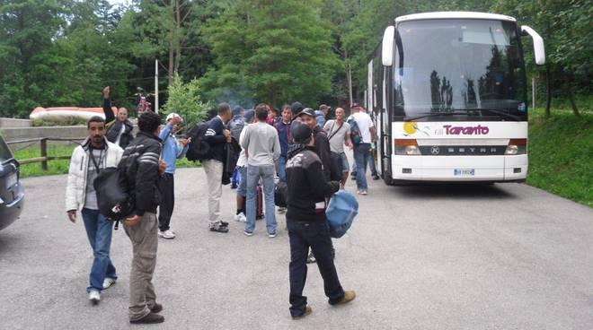 Profughi: tunisini partiti da Osiglia e diretti ad Albenga