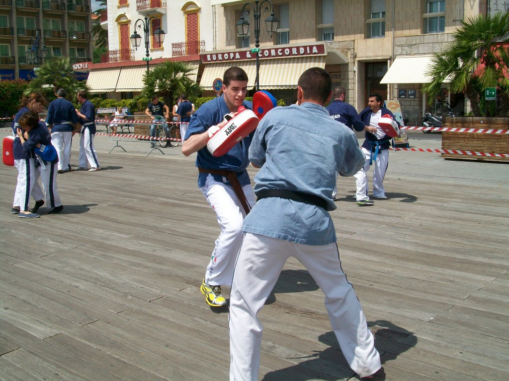 raduno arti marziali alassio