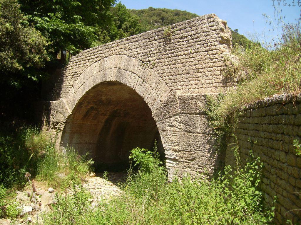 val ponci, ponti romani