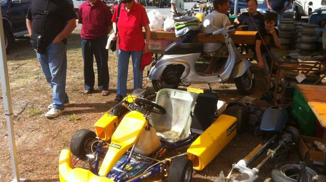 Villanova: mostra scambio auto e moto d'epoca