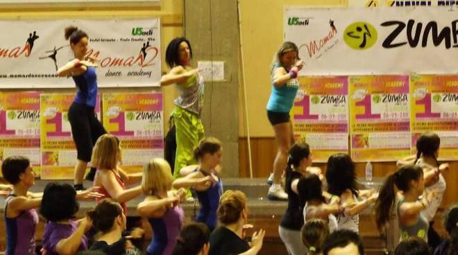zumba, danza, ginnastica,
