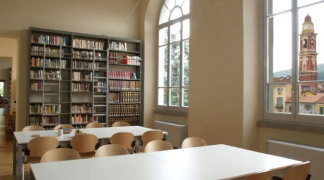 Biblioteca civica di Cairo