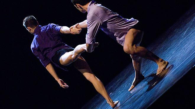 danza al priamar
