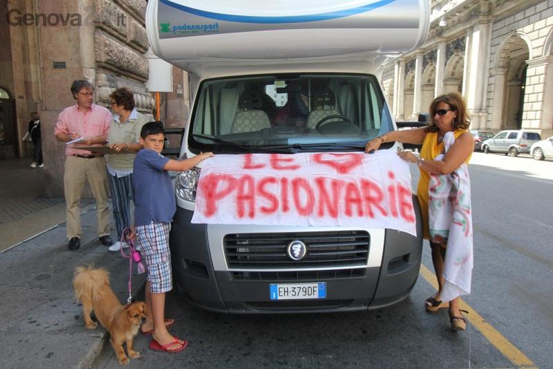 protesta ospedale recco, pasionarie