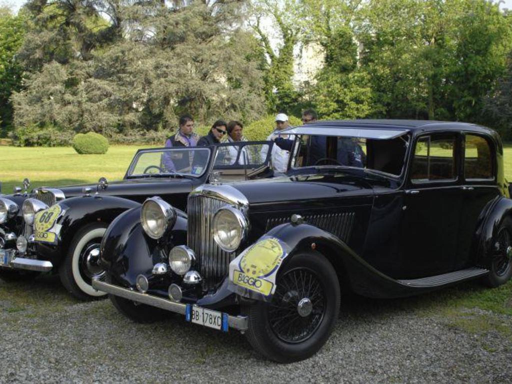 ruote e auto d'epoca Villanova