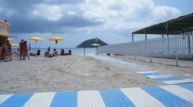 spiaggia vadino
