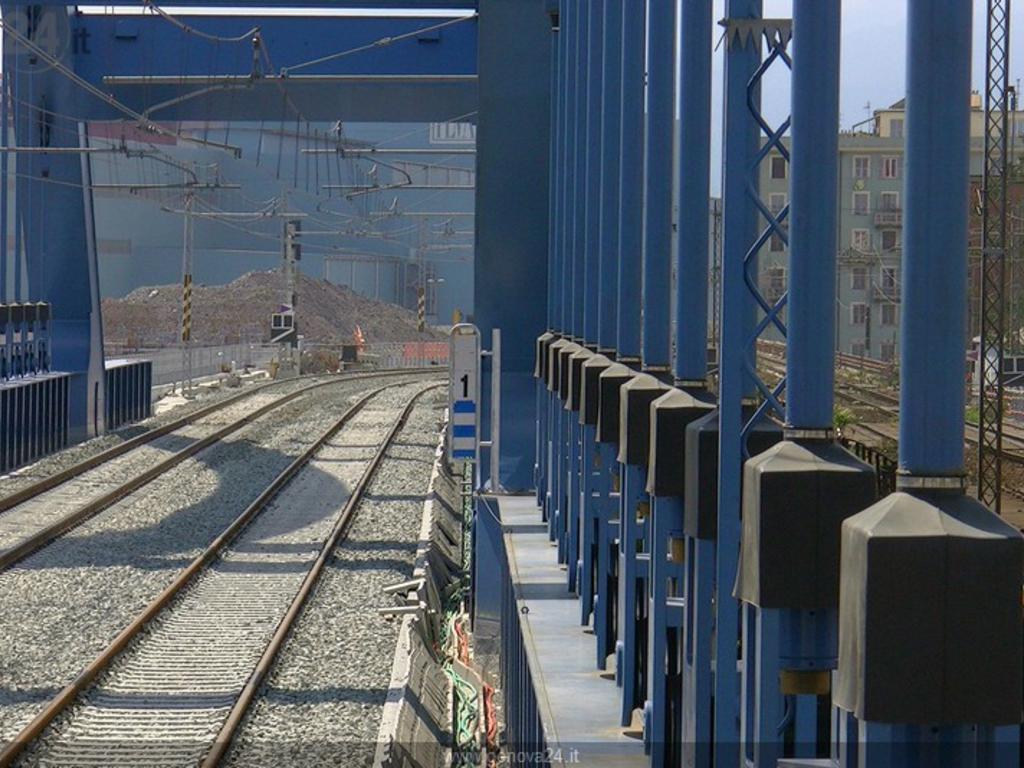 Treni, linea Genova-Ventimiglia: inaugurato nuovo tratto di binari sul Polcevera