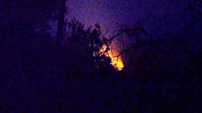 Incendio notte
