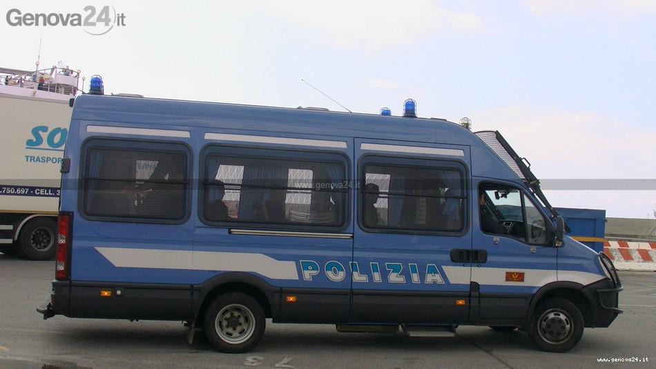 polizia - blindato