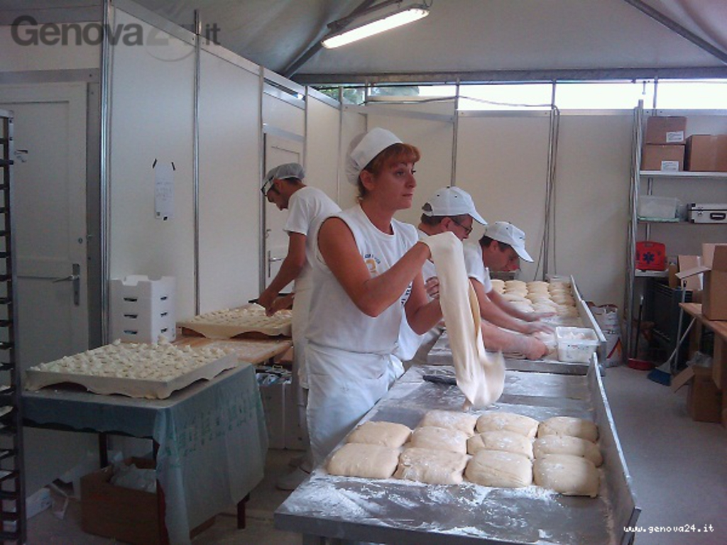 focaccia formaggio recco
