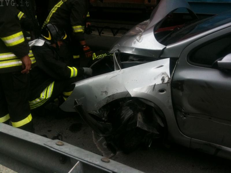 Incidente auto-motrice superstrada Vado