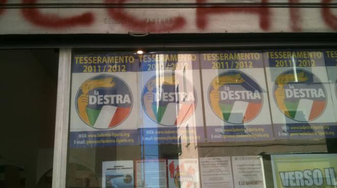 Savona, scritte minatorie imbrattano la sede de La Destra